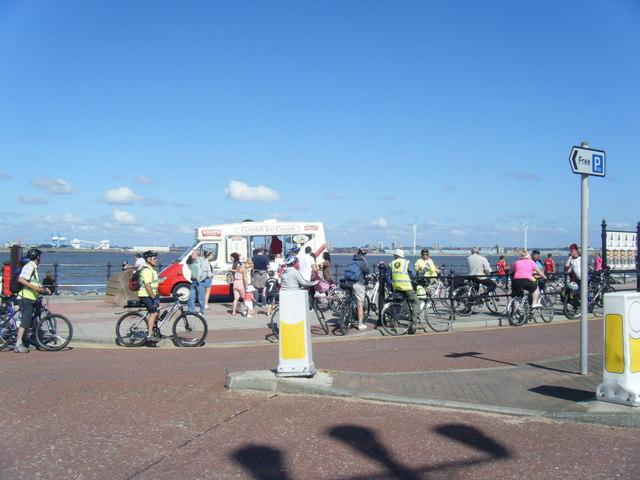 Marine Promenade refreshment stop