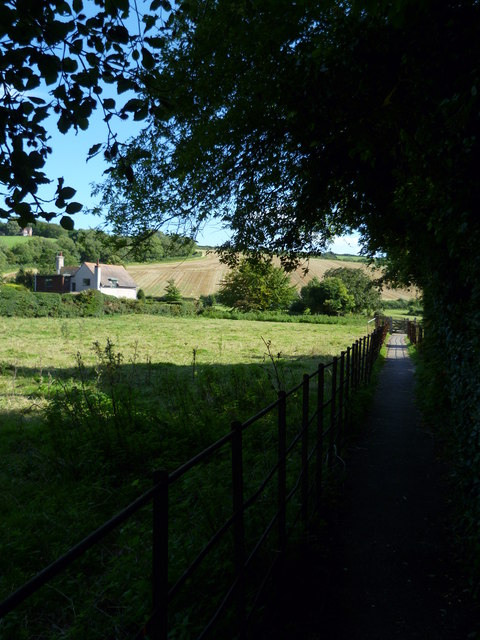 Footpath south from Amberley