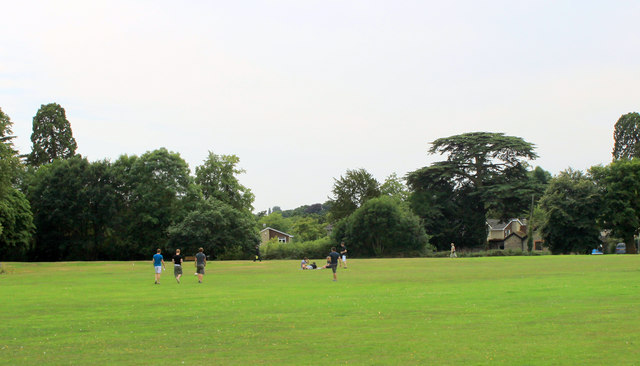 2011 : Across Frenchay Common