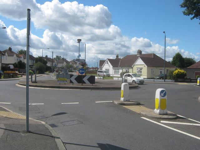 Roundabout on Long Lane