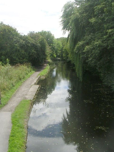 Leeds Liverpool Canal - Wyther Lane