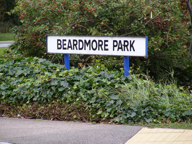 Beardmore Park sign