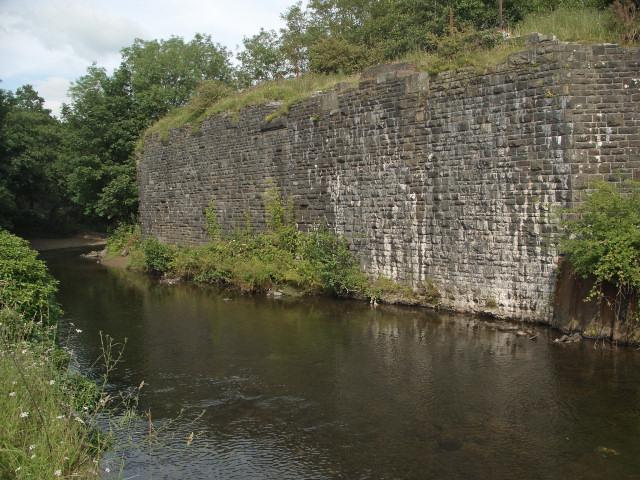 Old railway abutments near Brynmenyn
