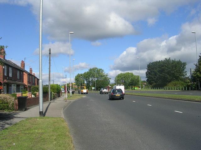 Farnley Ring Road - viewed from Stonebridge Lane