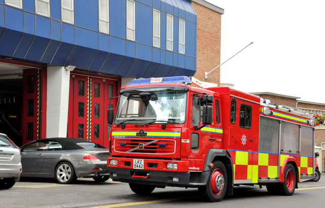 Fire appliance, Holywood