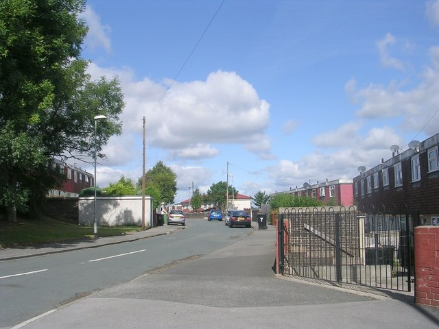 Stonecliffe Mount - Stonebridge Lane
