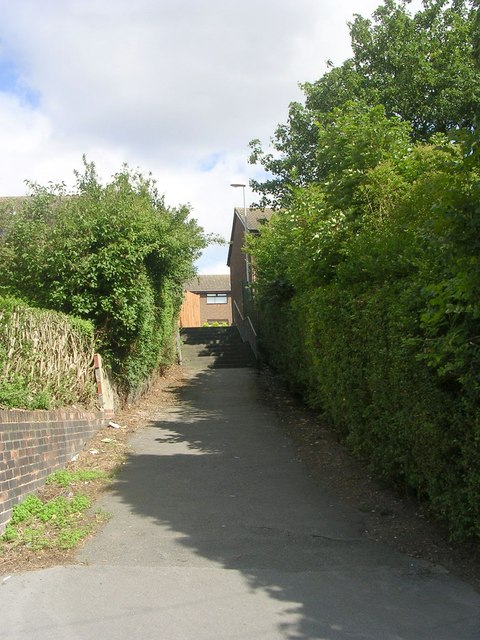 Footpath - Whincover Drive