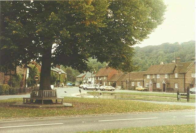 Aldbury village centre in 1984