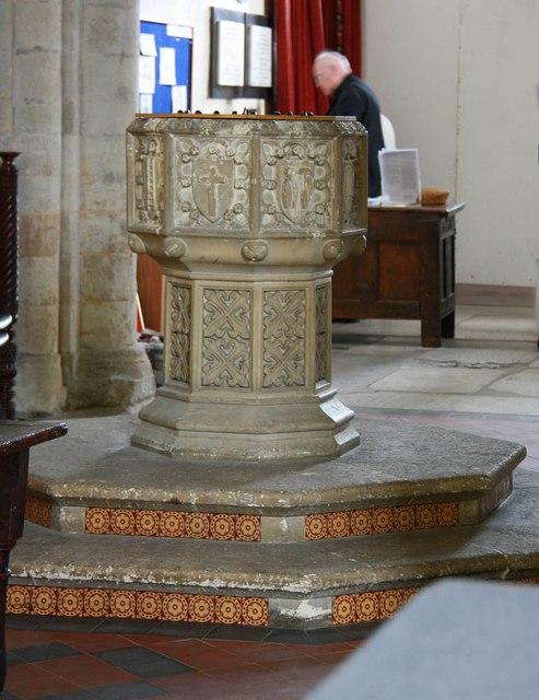 St Lawrence, Alton - Font