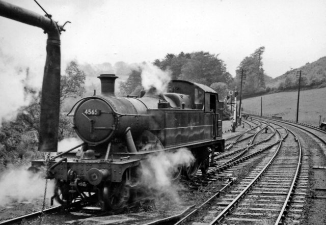 '4500' 2-6-2T off the branch at Bodmin Road station