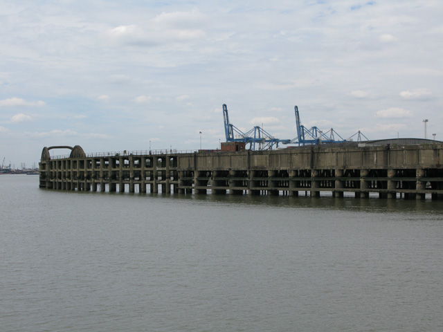 Jetty at Tilbury Ness