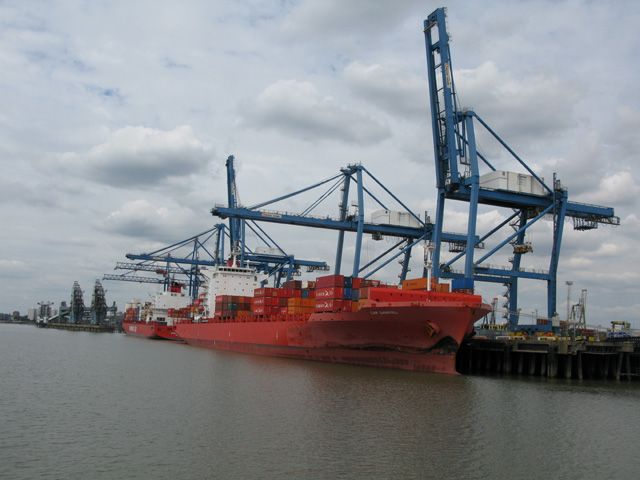 Cranes unloading container ships at Tilbury