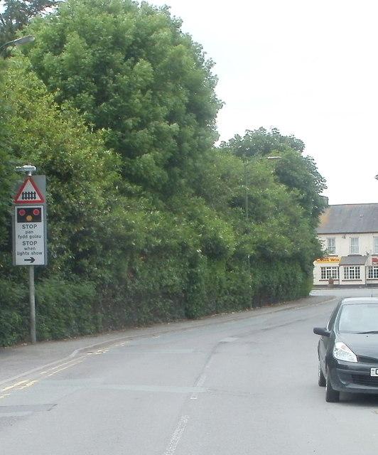 Stop when lights show ahead, New Road, Llandovery