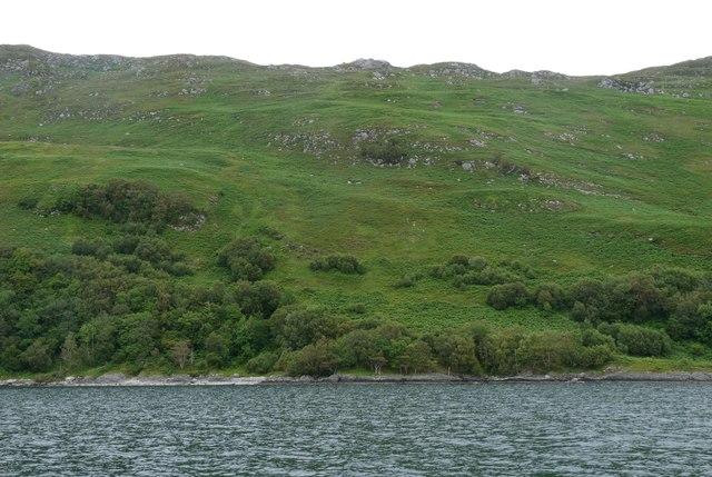 The slopes below Talamh na Groat
