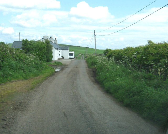 Cottages on the road to Knocktim