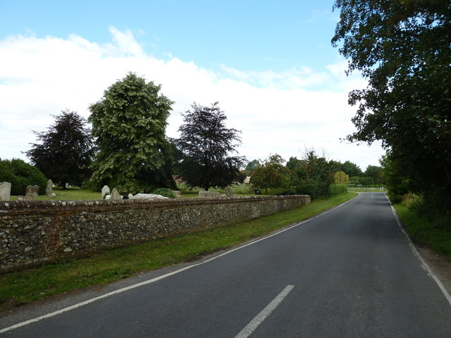 Road passing St. Mary the Less, Chilbolton (NbW)