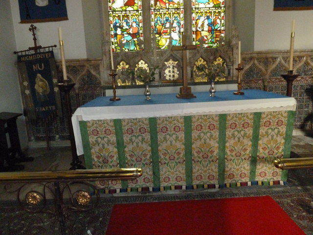 St Mary's, Micheldever: main altar
