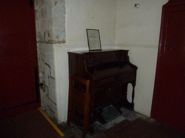 Saint Mary, Tufton: organ