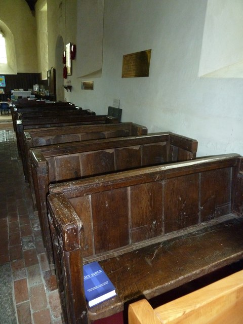 Nether Wallop- St Andrew's: side pews