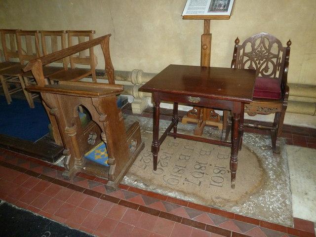 Nether Wallop- prayer desk
