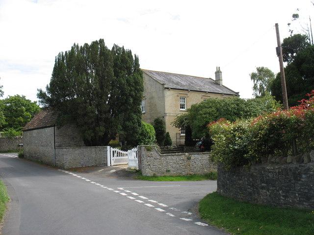 The top of Front Street, Chapel Allerton