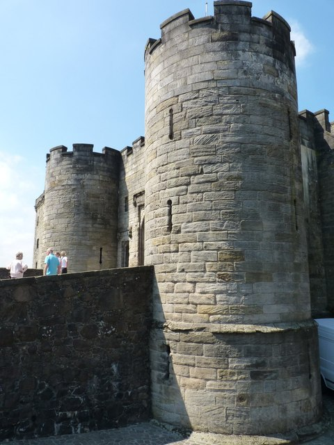 Entrance towers