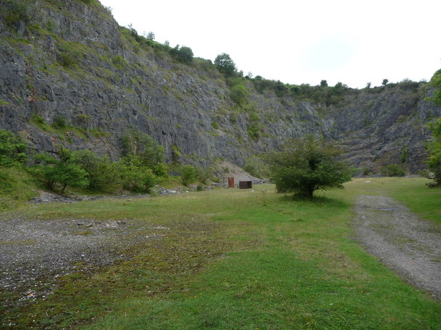 Disused quarry in Cwm Alun