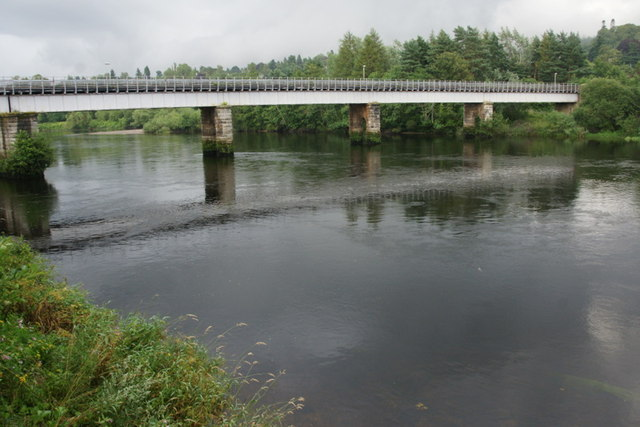 Railway bridge over the Tay at Perth