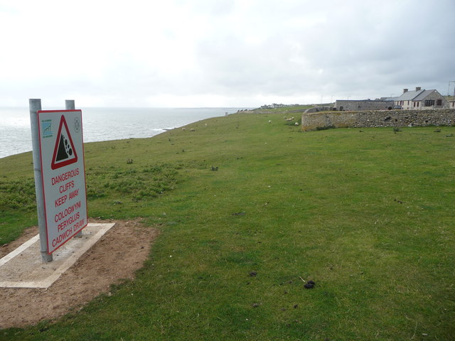 Warning signs on the clifftop on the Glamorgan Heritage Coast