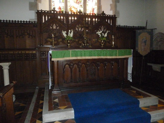 St Mary, Longstock: altar