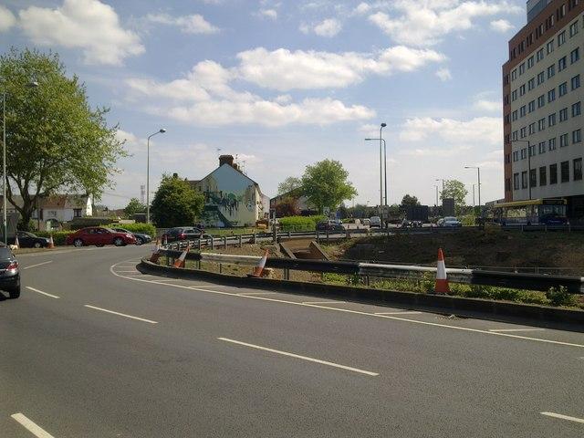 Whale Bridge Roundabout, Swindon May 2011 (2 of 2)