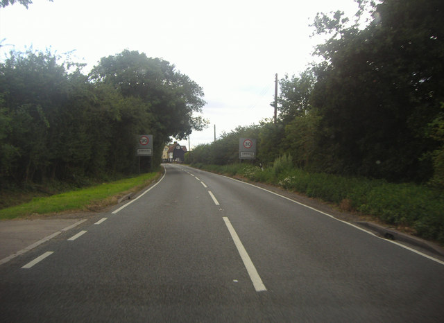 Entering Abridge on Ongar Road