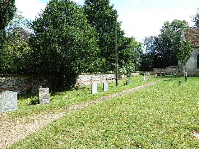 Saint Mary, Amport: churchyard (1)