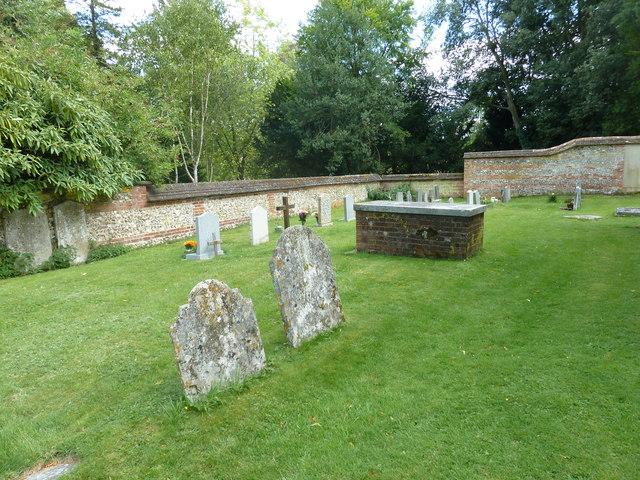 Saint Mary, Amport: churchyard (3)