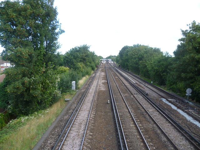 Looking up the line towards Petts Wood station