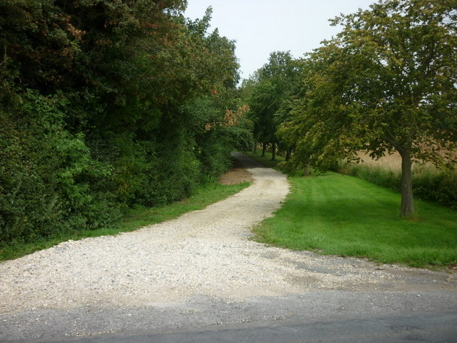 The way to Arkendale Hall