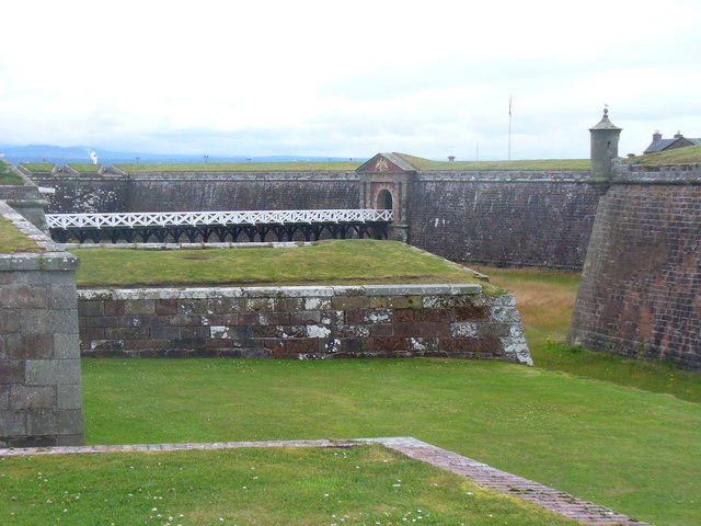 Fort George - Moat and Walls