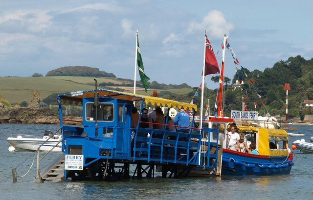 Sea tractor to ferry, South Sands