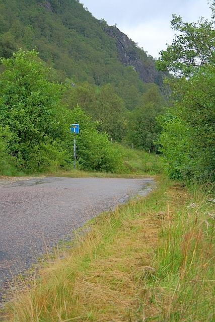 Road up Glen Nevis
