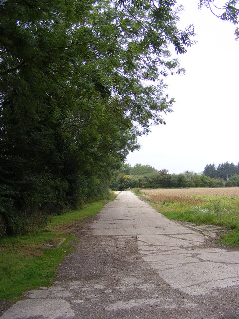 Footpath to Snipe Farm Lane & the B1078 Ipswich Road