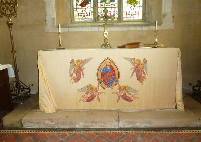Nether Wallop- St Andrew's: altar