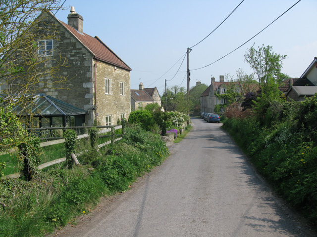 View along the road through Upper Westwood
