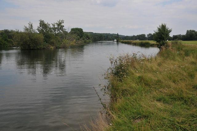 River Thames near Mapledurham
