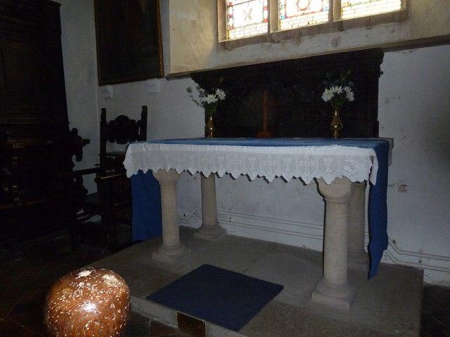 St Nicholas, Leckford: altar