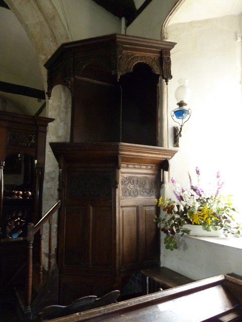 St Nicholas, Leckford: pulpit (from the front)