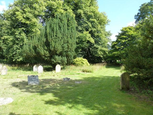 Saint Andrew, Hurstbourne Priors: churchyard (b)
