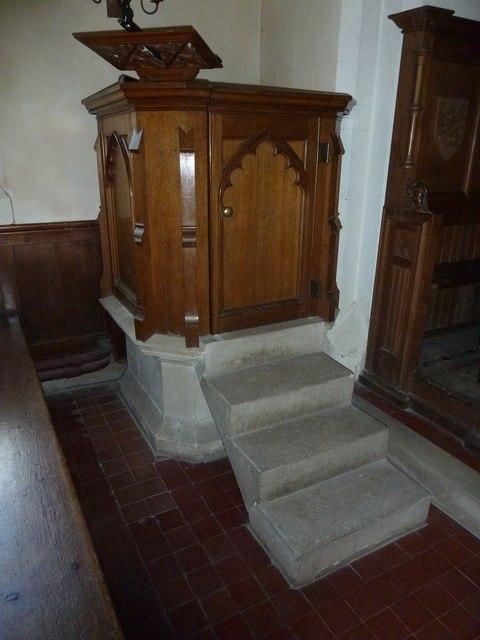 Saint Andrew, Hurstbourne Priors: pulpit