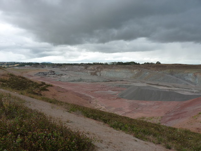 Bayston Hill quarry from the footpath on the SE side
