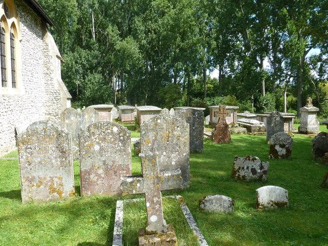 Monxton - St Mary: churchyard