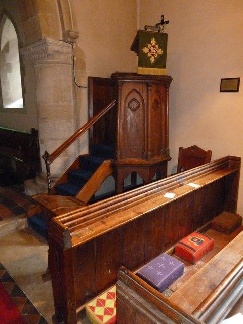 Monxton - St Mary: pulpit